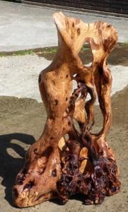 Bart Ensing Expositie sculpturen van hout ARA mei-sept