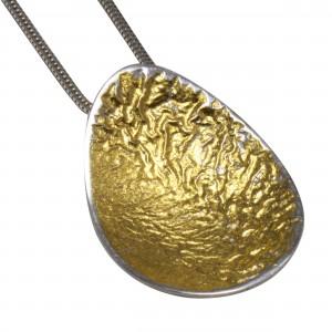 Lesley Zijlstra-Eyre Egg Pendant Art925